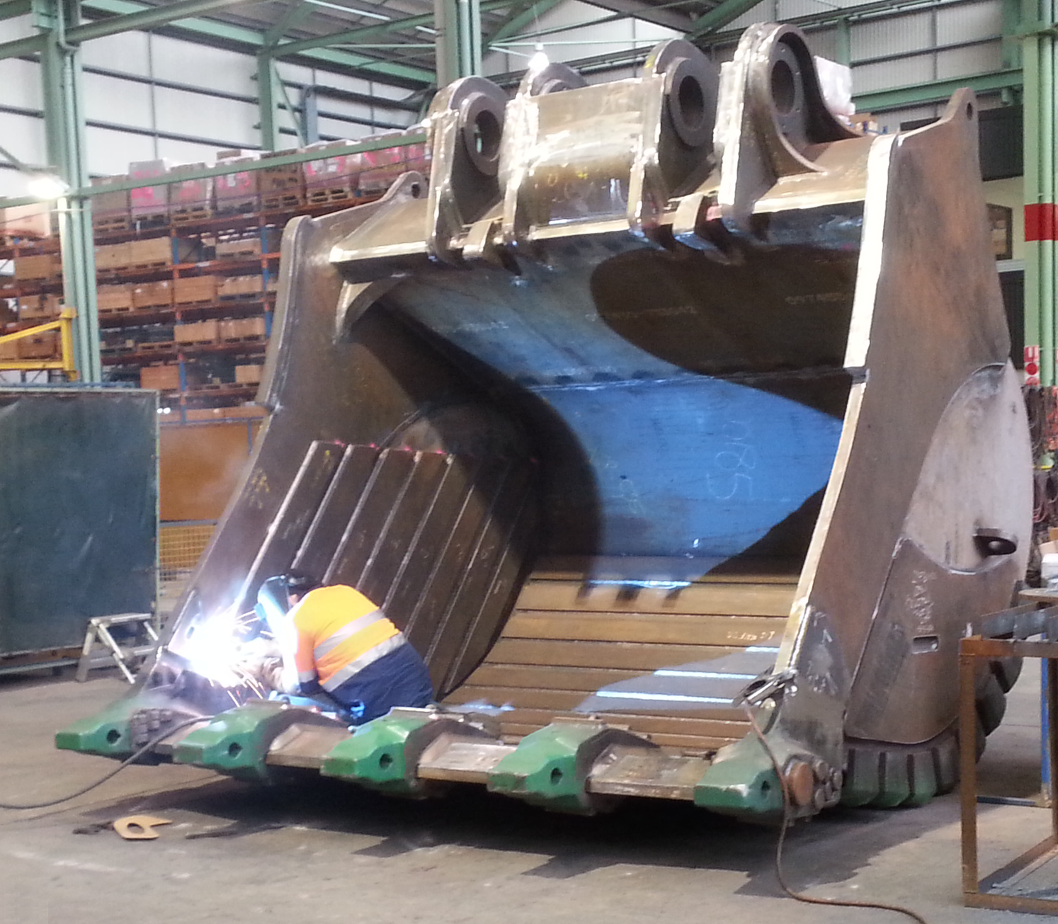 Open Welding - Welding machinery onsite