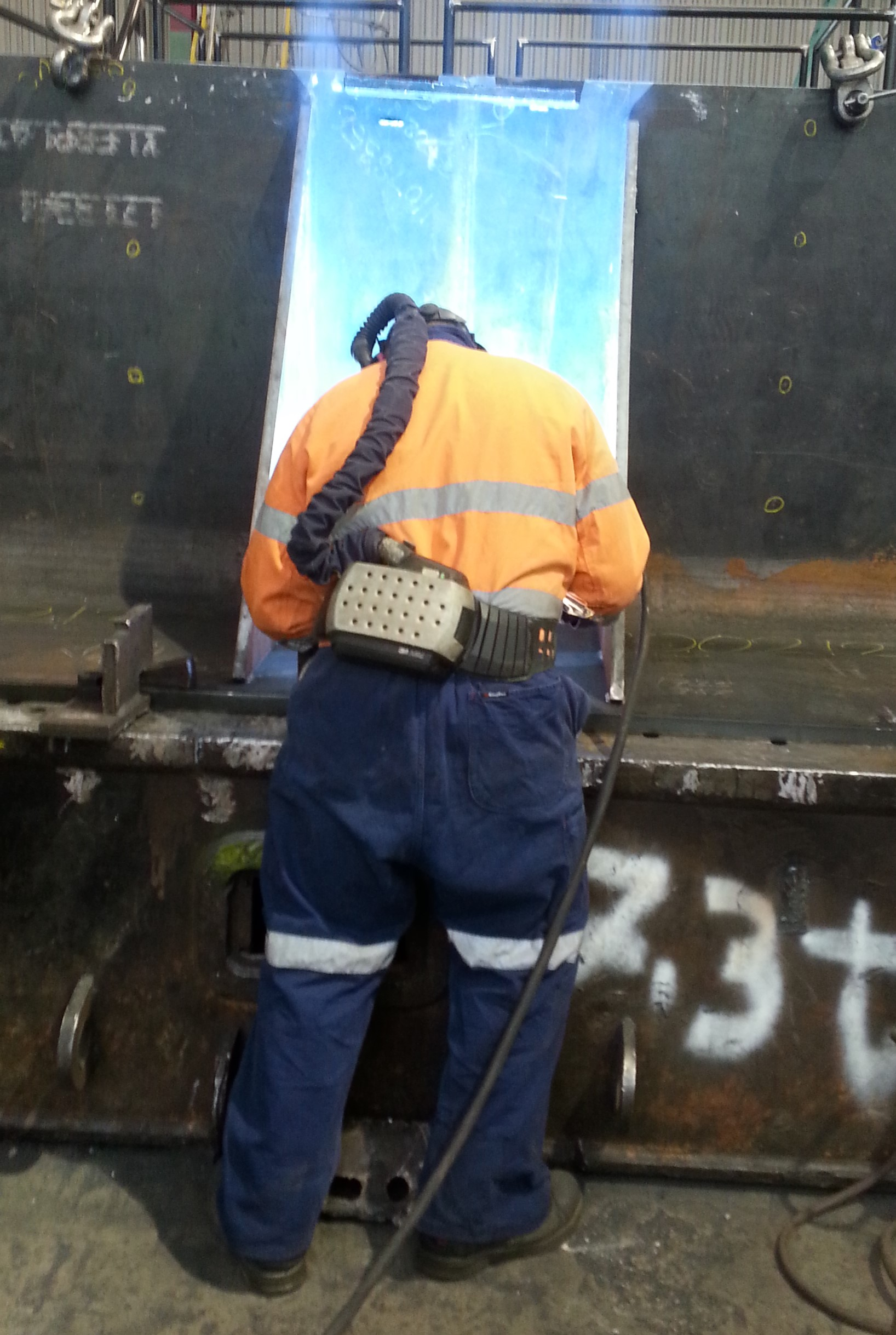 Man onsite welding services